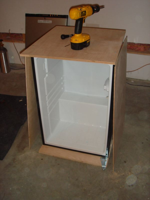 Guide To Building A Custom Kegerator Brian S Belly