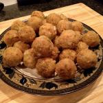 Cajun Stuffing Balls: Cornbread Coated